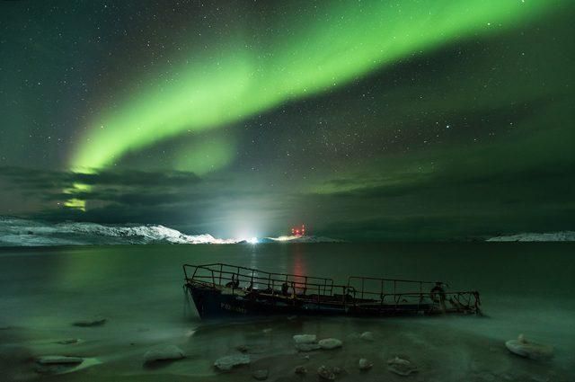 Fotografia Astronomica: Michael Zav'yalov cattura un'aurora dalle sfumature incredibili