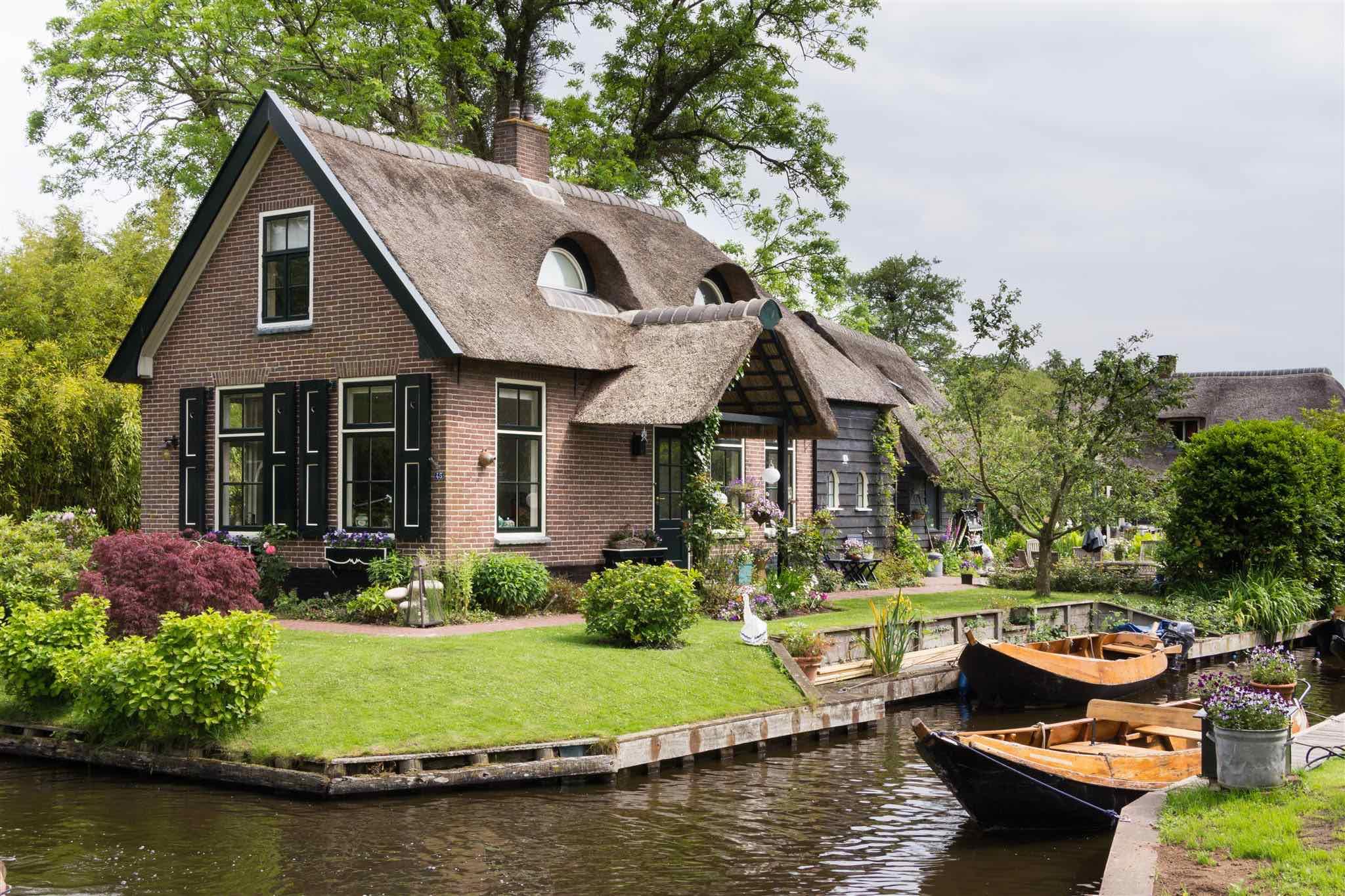 L'Olanda è meta virtuosa per quanto riguarda piste ciclabili e turismo sostenibile. Nimega è stata eletta capitale verde europea 2018