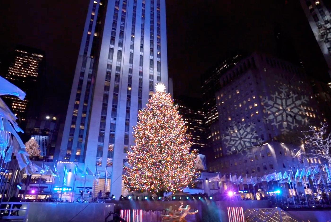 Il maestoso albero di Natale di New York