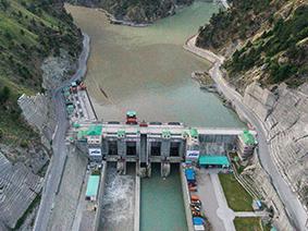 Scegliendo l'energia verde di Accendi, sostieni il progetto Vishnuprayag Hydroelectric Project, in India.