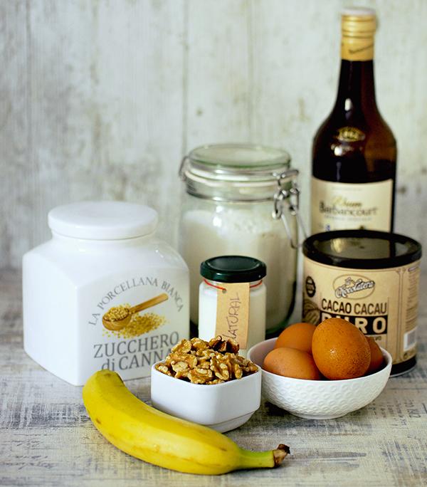 Ingredienti per preparare la torta banane e cioccolato
