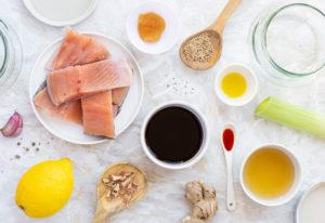 Ingredienti per preparare il pesce in vasocottura