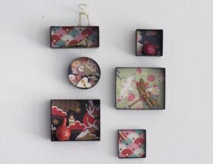 Delle graziose decorazioni da parete create dal riciclo di scatole di cartone o di scarpe.
